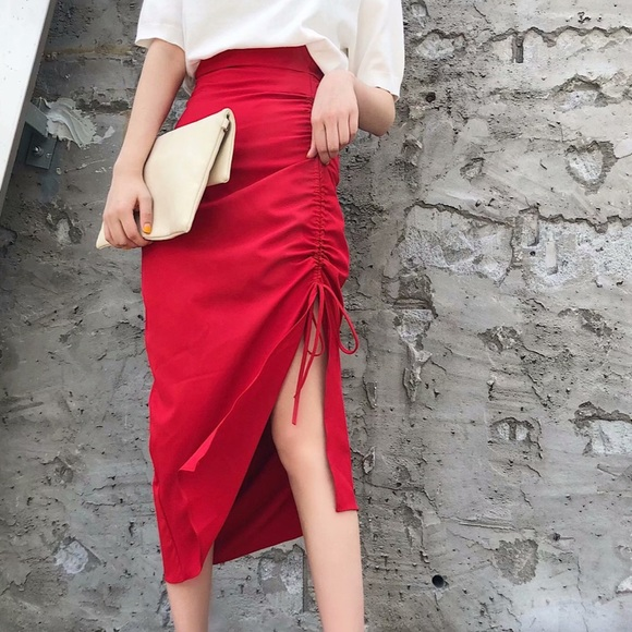 Red Gathered High Skirt Waist Small Nwt Zara DYWH9IE2
